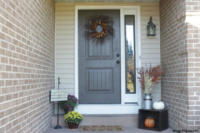 Fall porch decor ideas a cup full of sass for Tiny front porch decorating ideas