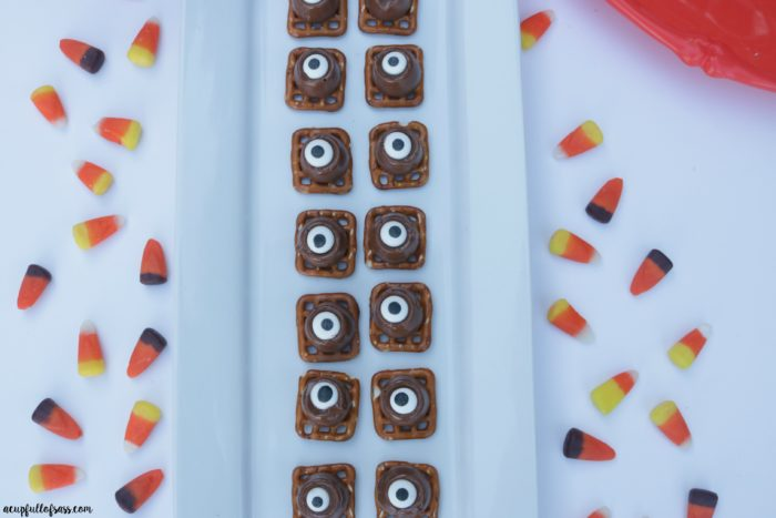 Halloween Treats Spooky Eyes Pretzel Bites