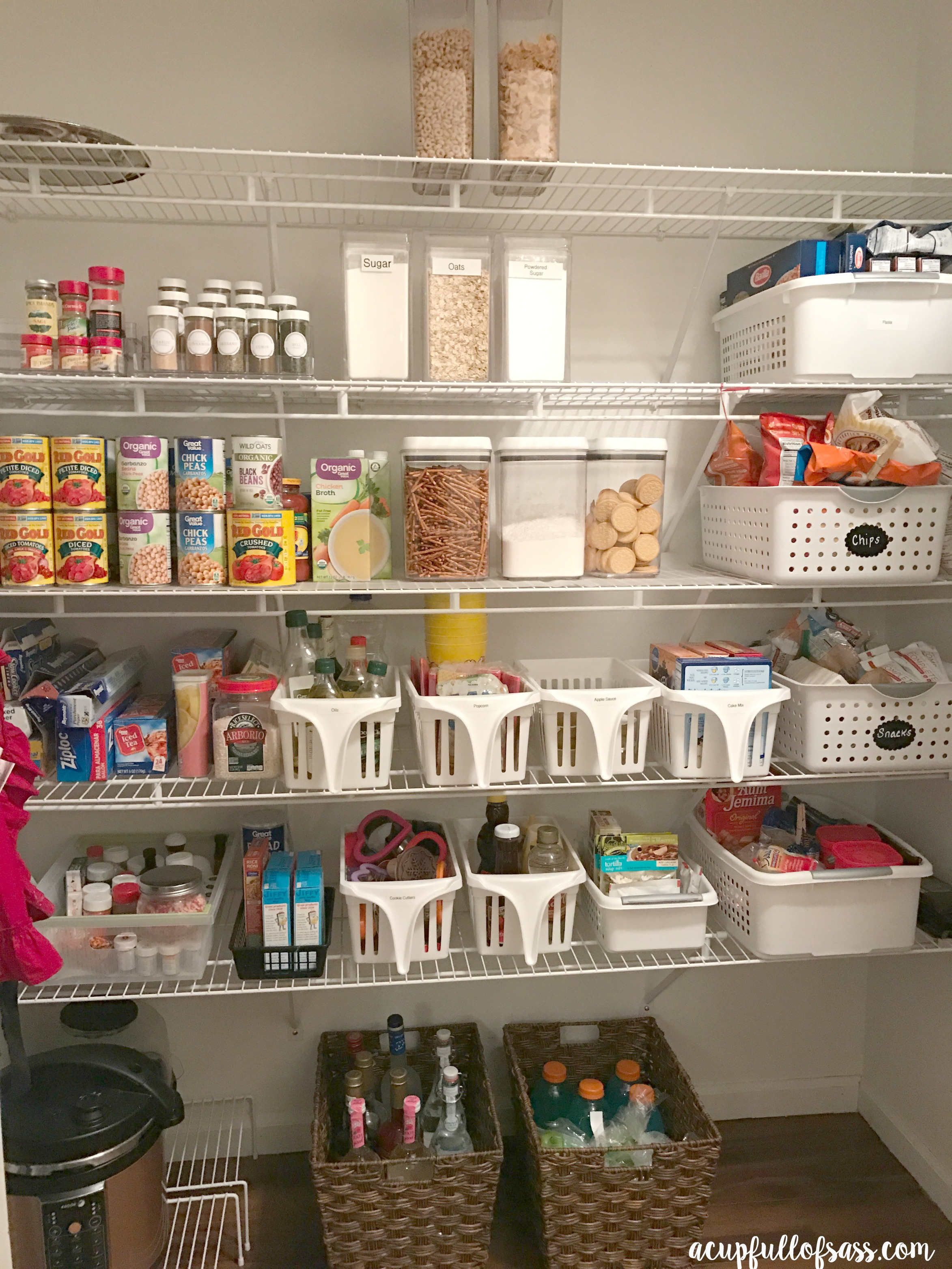 Organize Your Closet With A Capsule Wardrobe: How To Organize Your Pantry