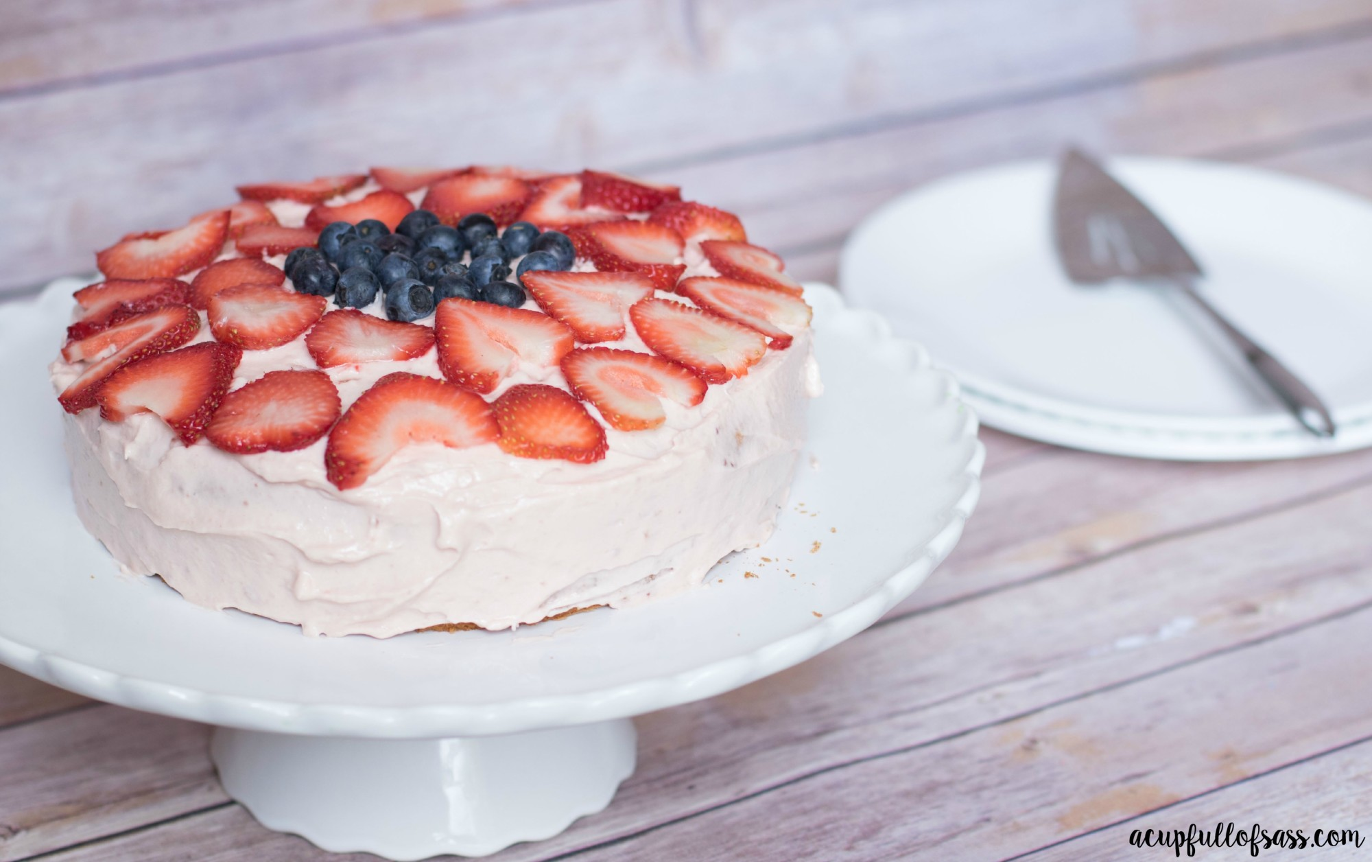 Easy strawberry cream cheese frosting
