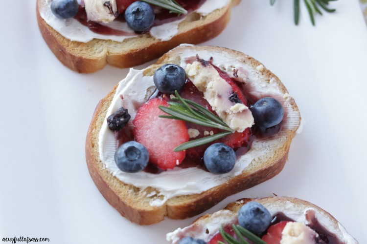 Berry Bruschetta for Brunch