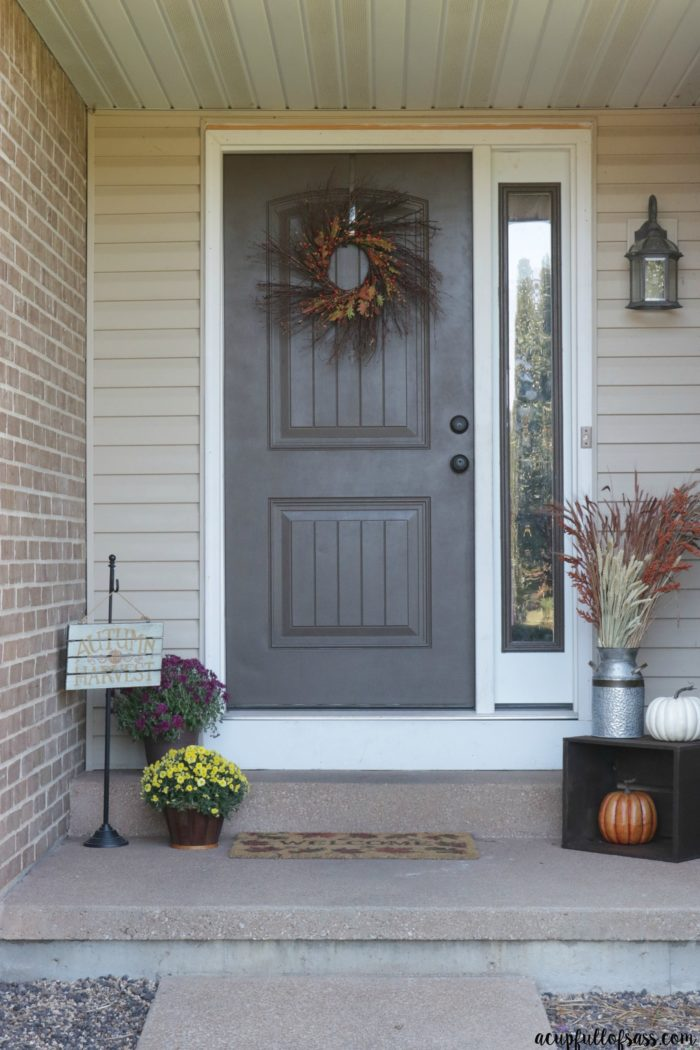 Easy Fall Porch Decor Ideas.