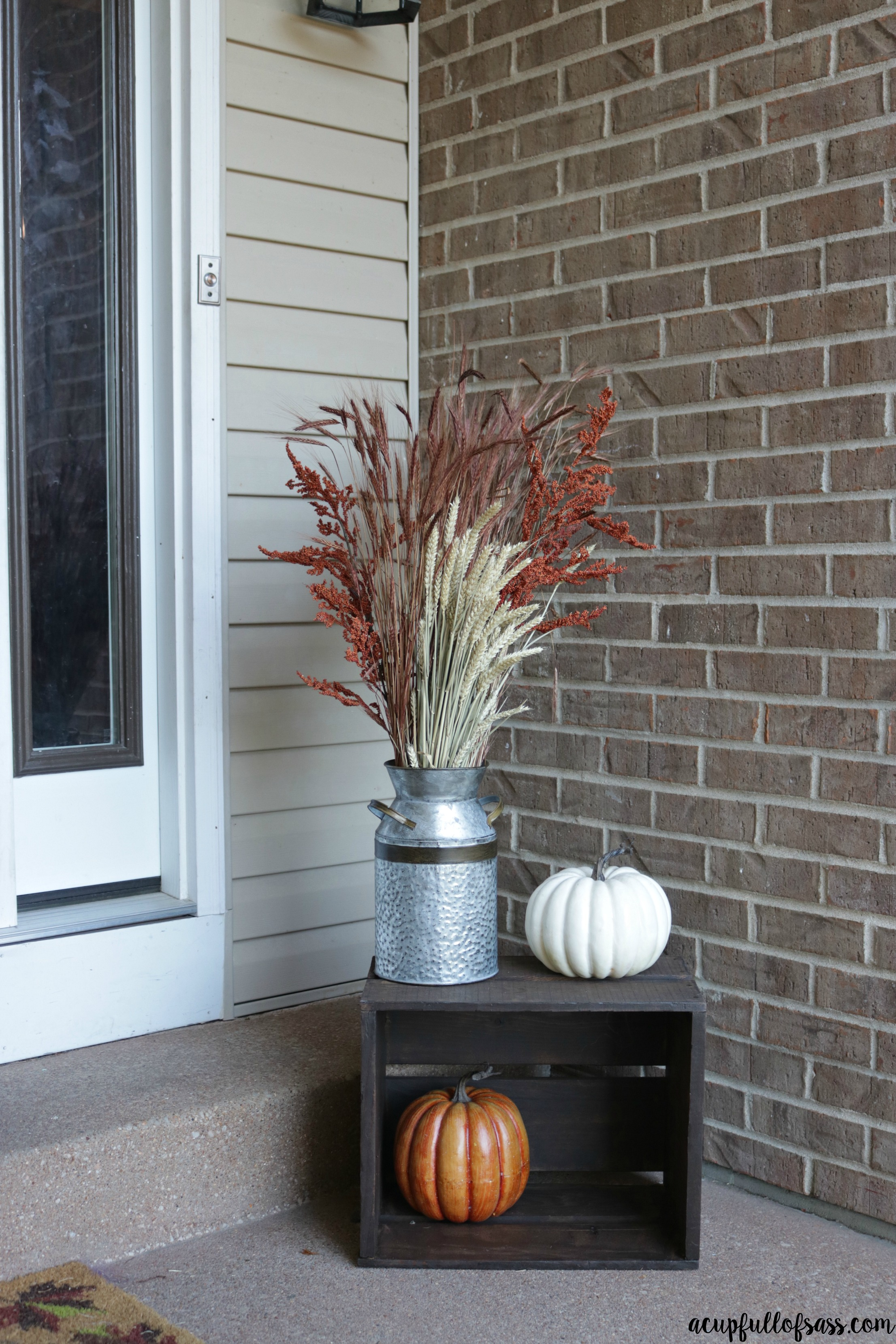 Front porch fall decor milk can a cup full of sass - Fall decorating ideas for front porch ...
