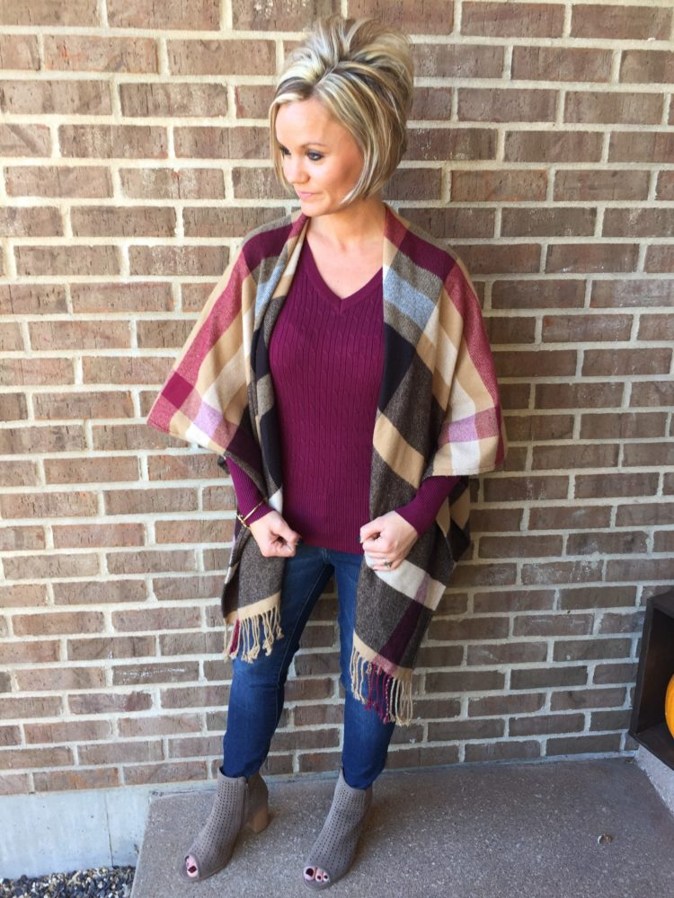 Fall Outfit Ideas. Plaid Open Front Poncho.
