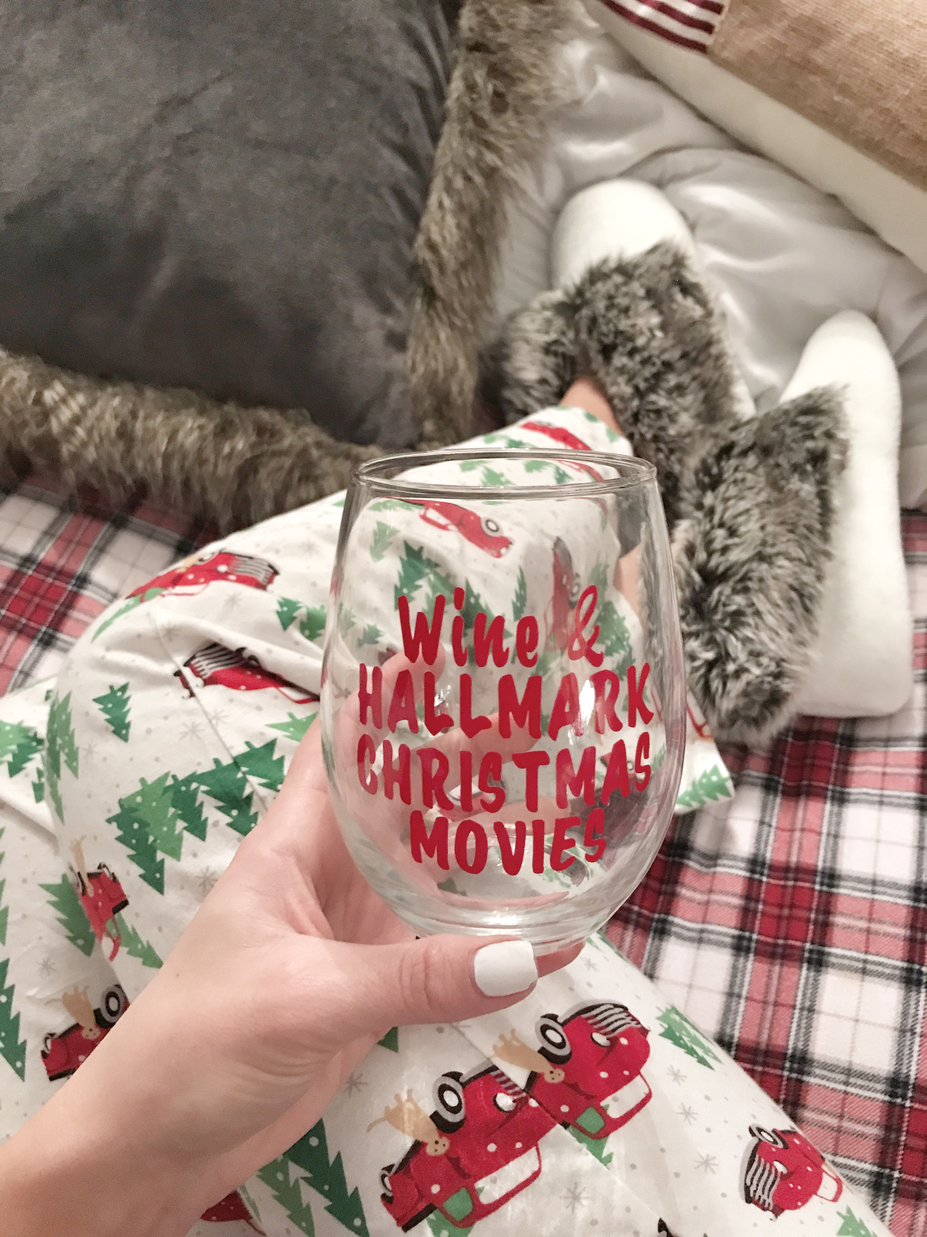 Cute Comfy Pajamas for Winter. These could totally work for Christmas pajamas too. - A Cup Full of Sass