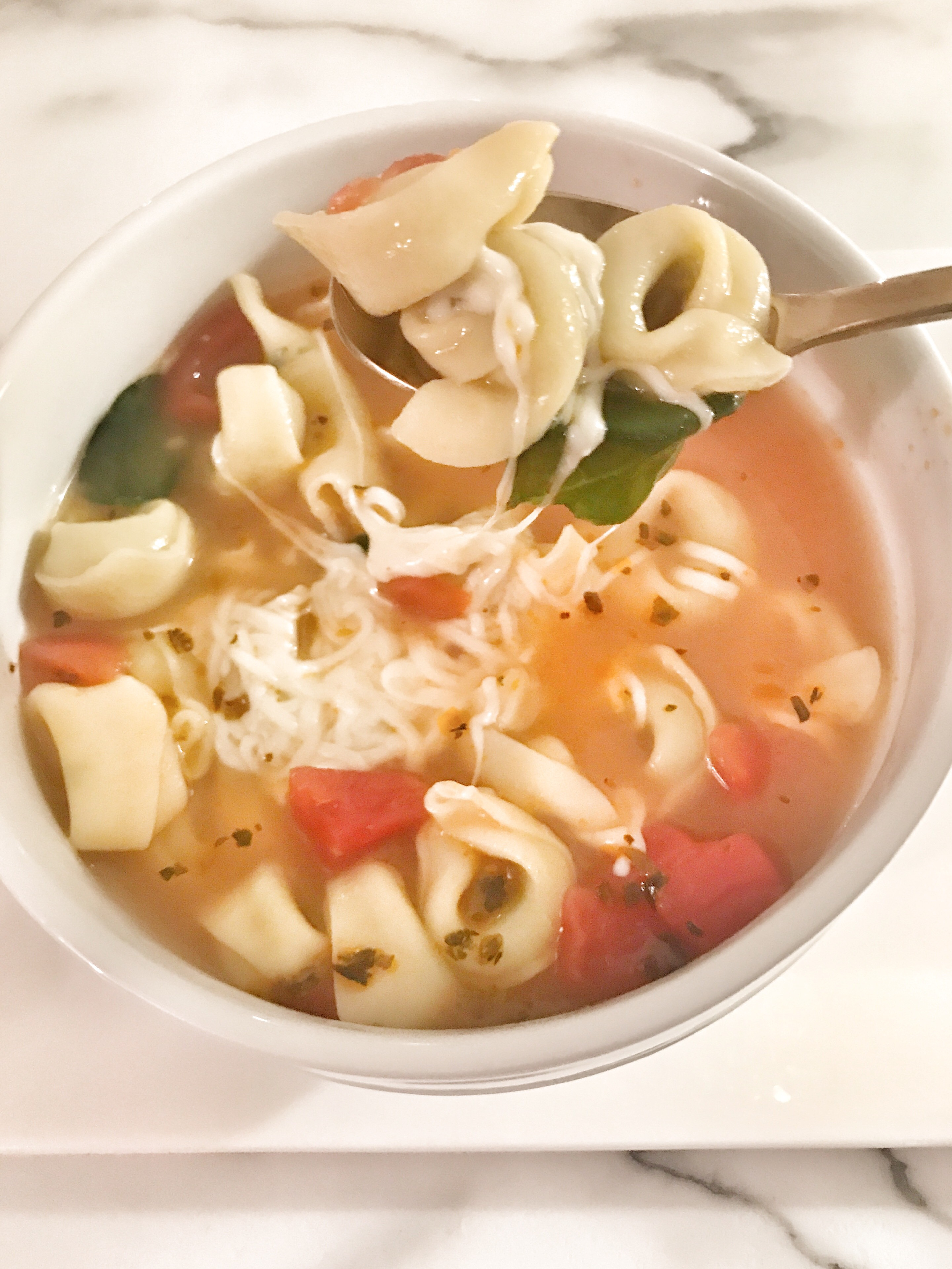 Cheese & Spinach Tortellini Soup