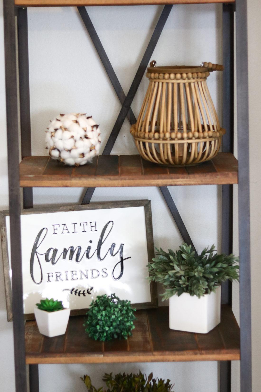 Farmhouse Wreath With Letter