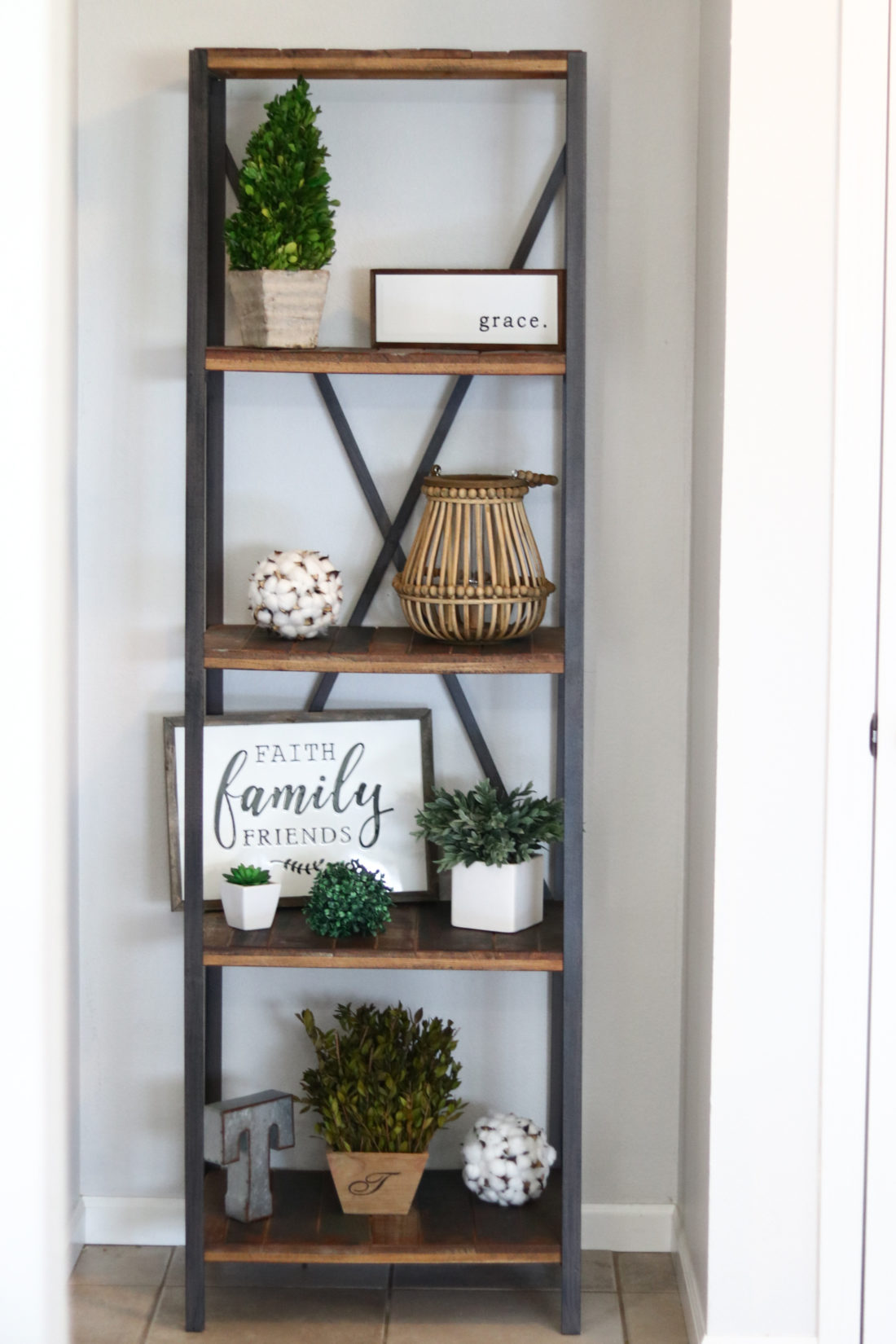 Entryway Decorating Ideas | Modern Farmhouse Decor - A Cup ...