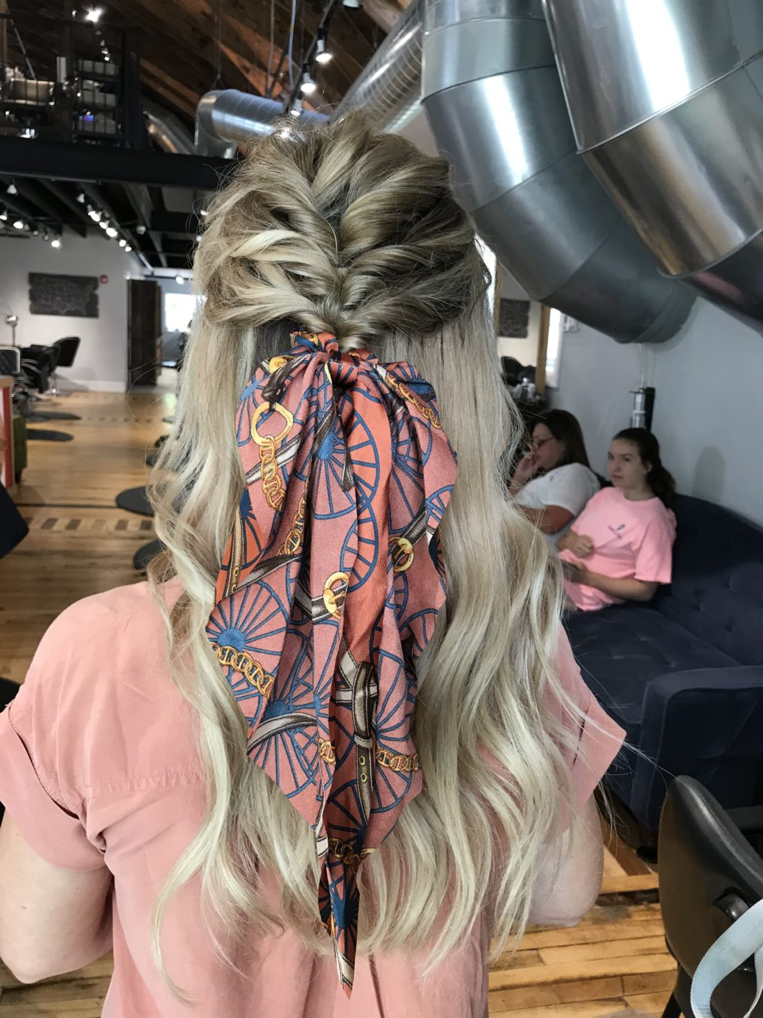 Cute and easy hair style for any length.