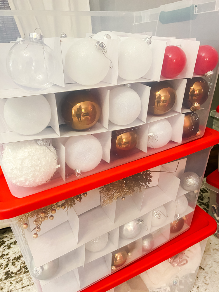 It is time to put away the the Christmas decor and get organized. This is how I store and organize my Christmas Decor.